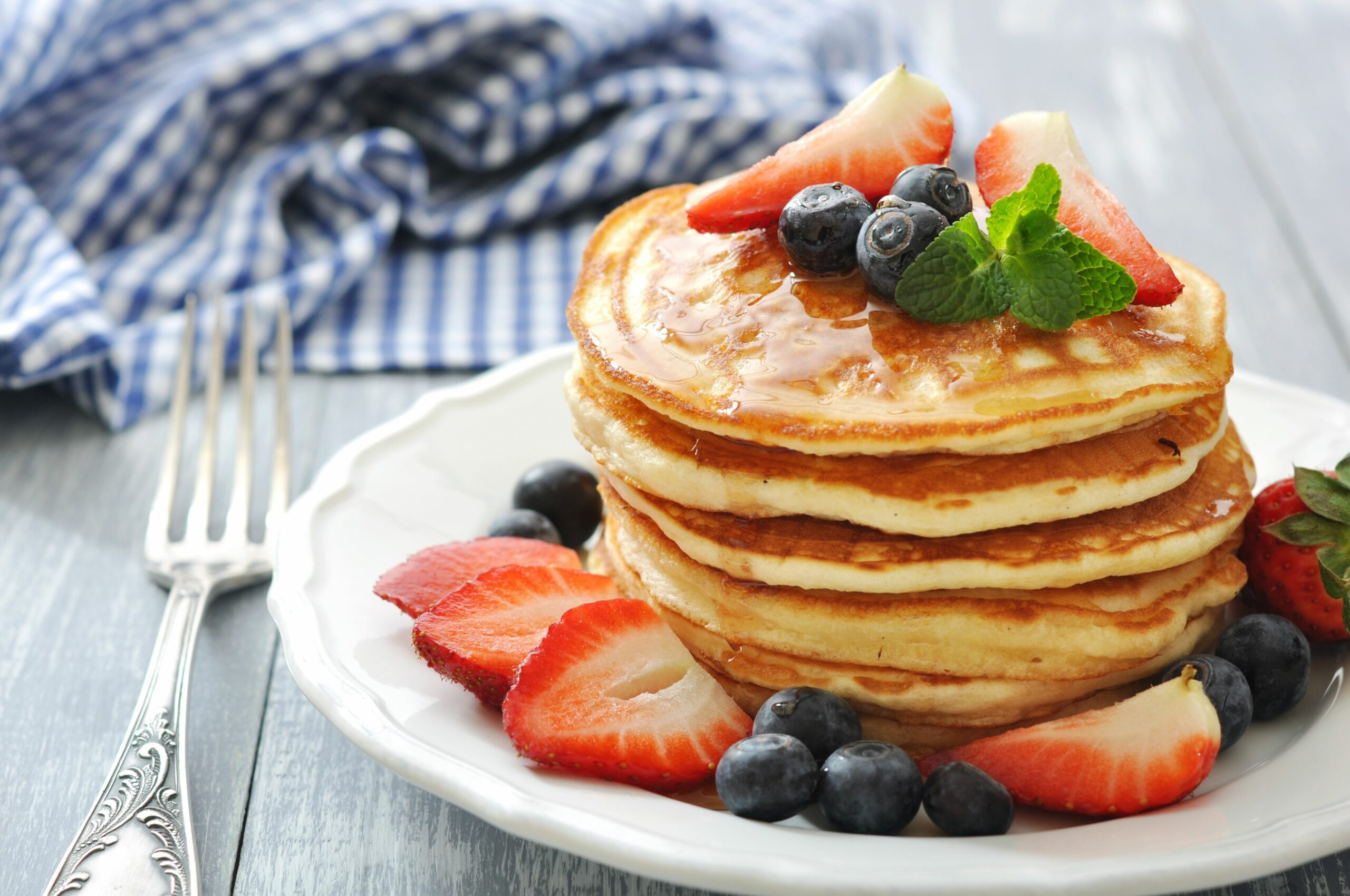 How to Make Homemade Pancakes Without Milk   Mom Life - Breakfast Recipes No Milk