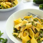 Jamie Oliver's courgette and pea pasta