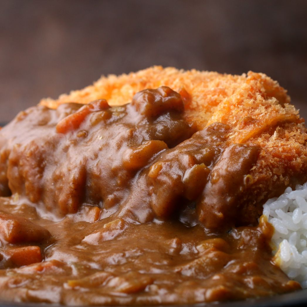 Japanese Pork Cutlet (Tonkatsu) With Curry Recipe by Tasty - Recipe Pork Katsu