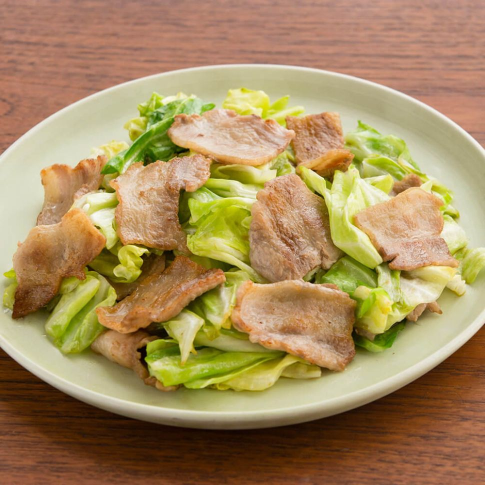 Kombu Ponzu Stir-Fried Pork Ribs and Cabbage