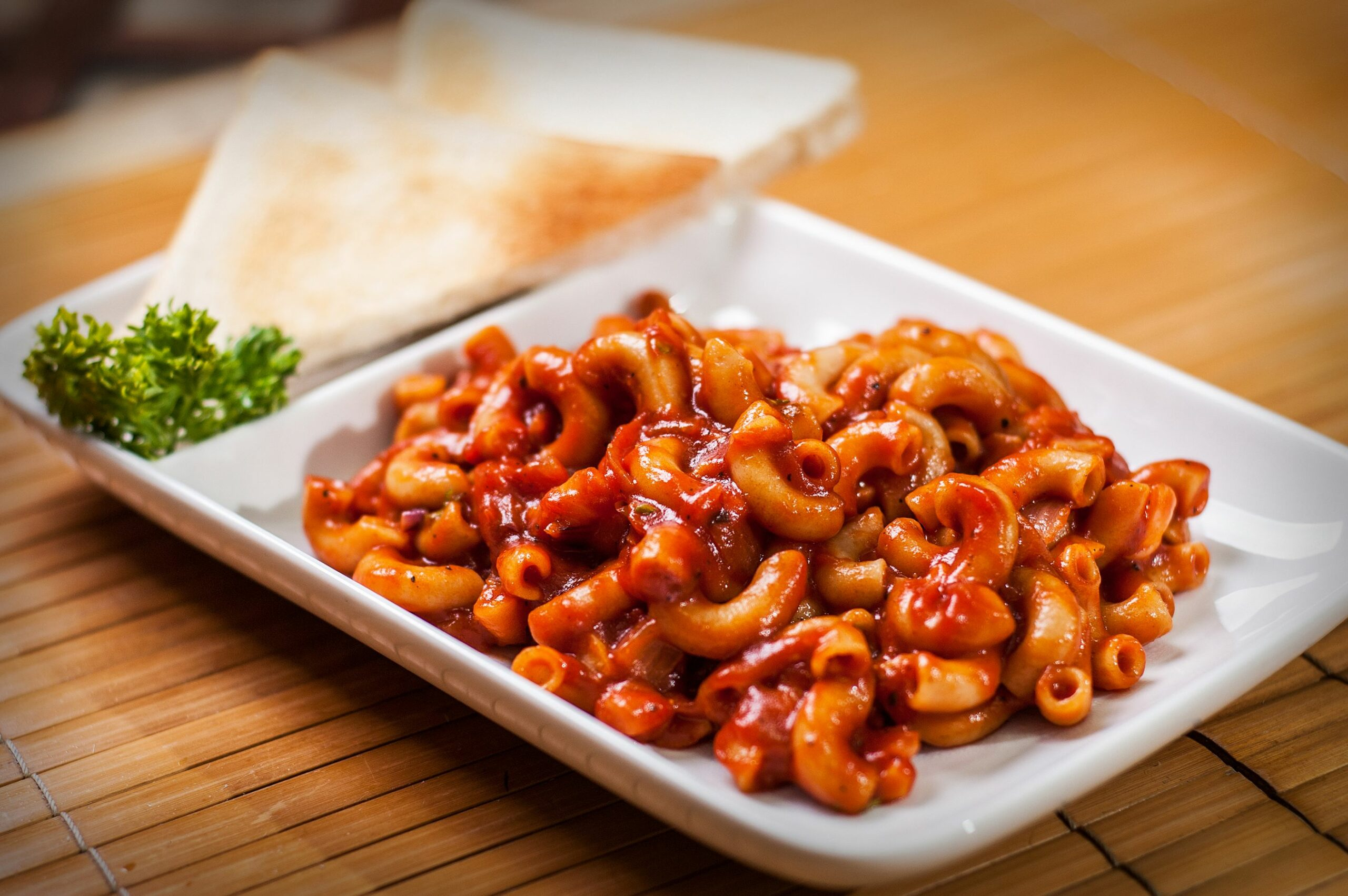 Make Spicy Macaroni with Tomato Sauce - Pasta Recipes In Red Sauce