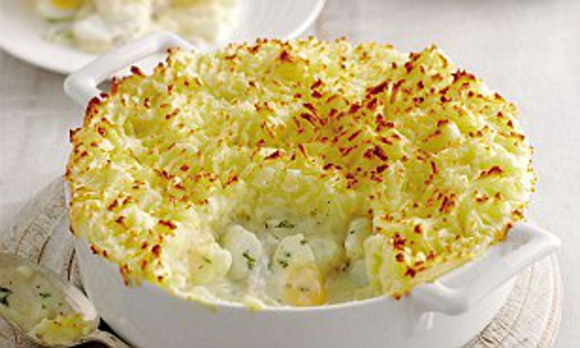 Mary Berry Special: Fish pie with cheesy mash topping | Daily Mail ..