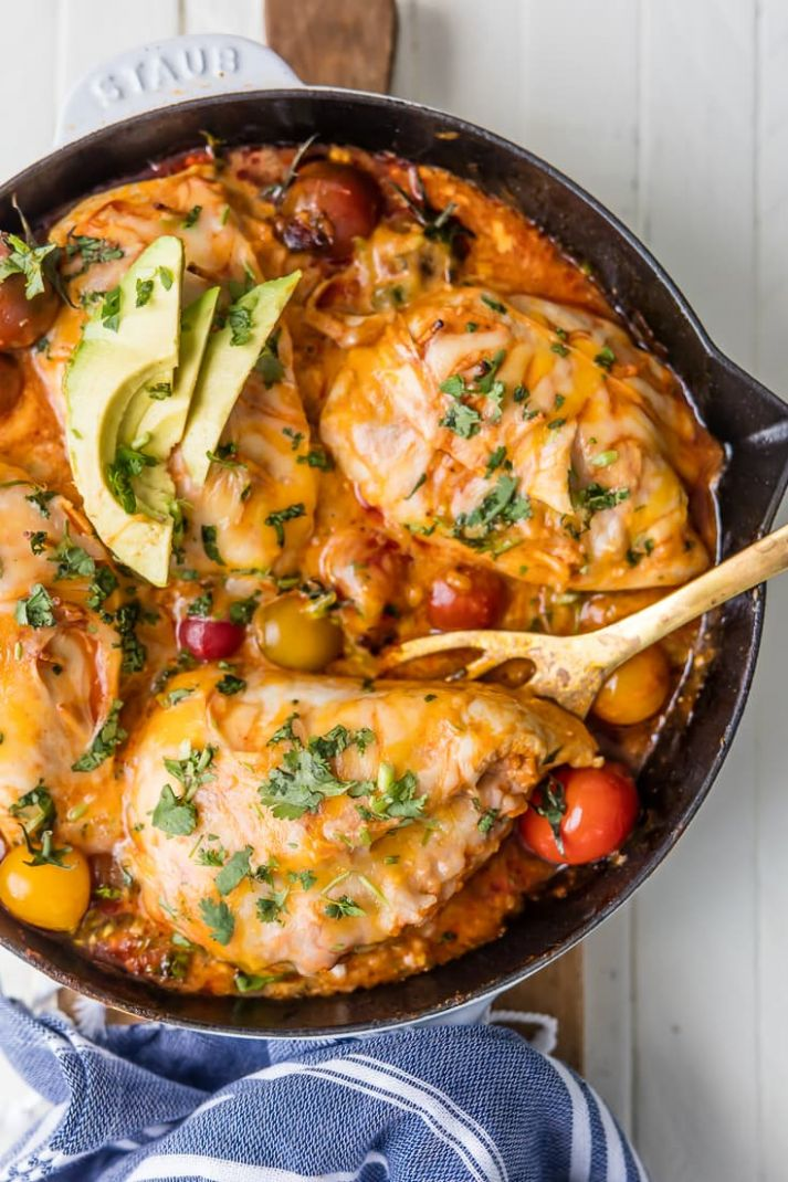 Mexican Chicken Skillet (Enchilada Stuffed Chicken Breast) - Recipes Chicken Breast Mexican