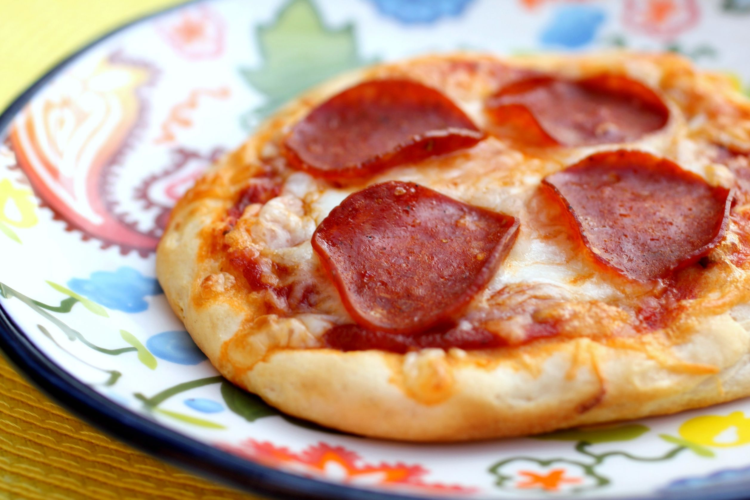 Mini Biscuit Pizzas - Pizza Recipes Using Biscuits