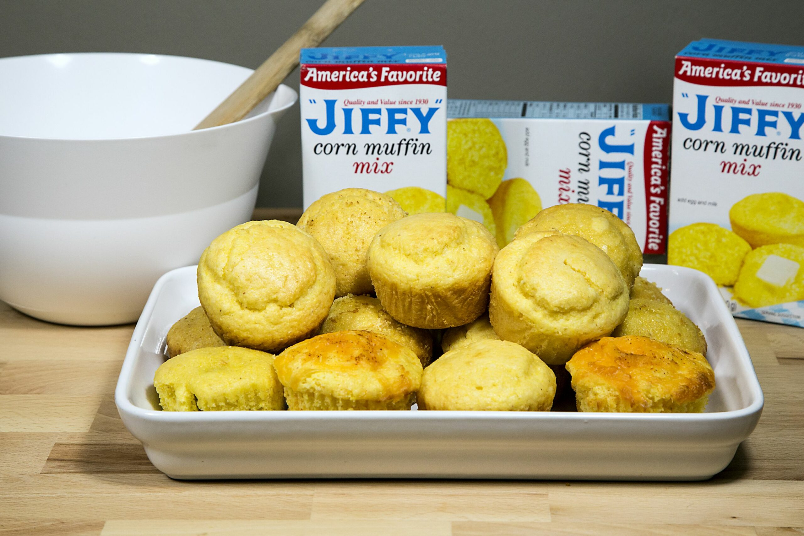 Mix-In Ideas for Jiffy Corn Muffin Mix | LEAFtv - Dessert Recipes With Jiffy Corn Muffin Mix