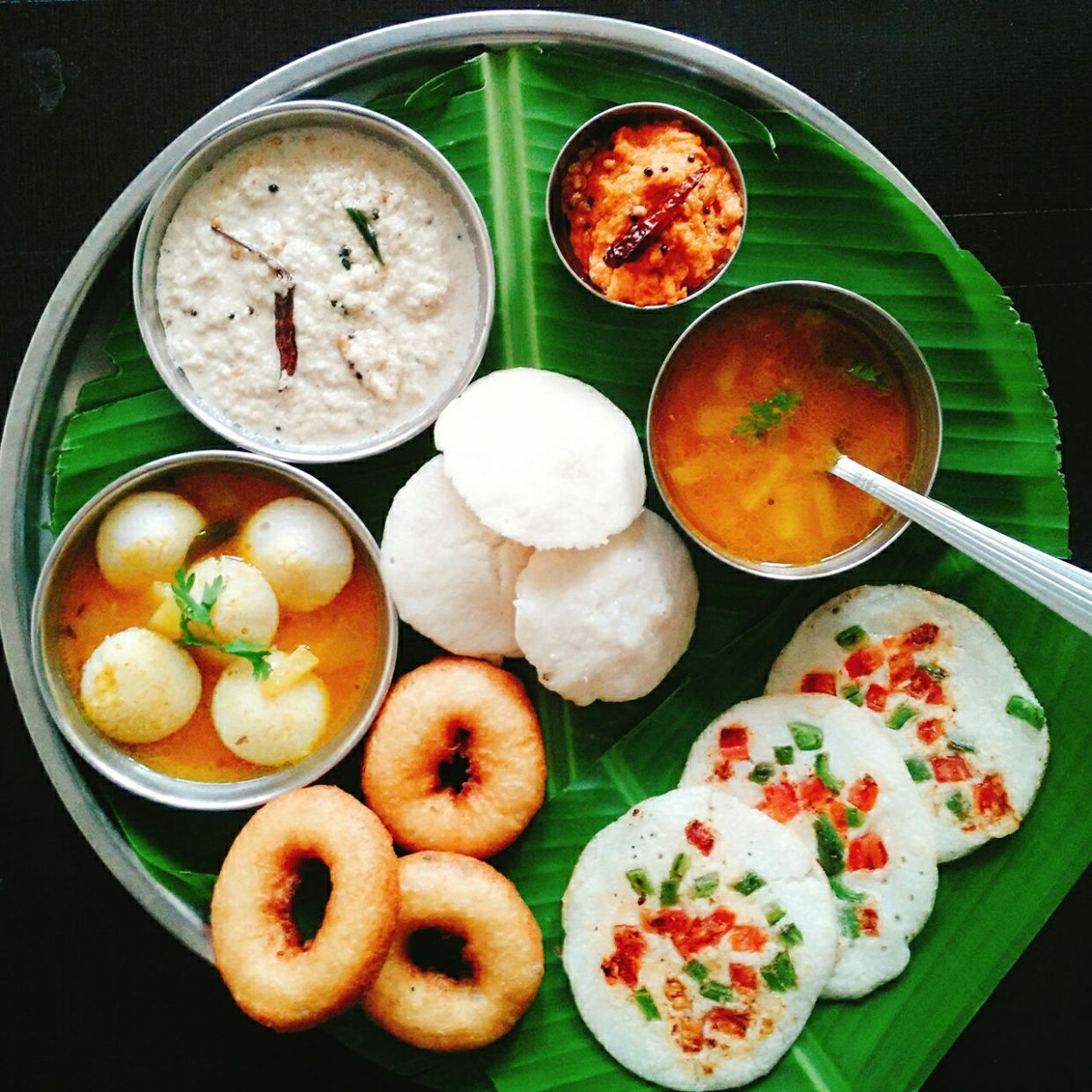 Mouth Watering & Delicious South Indian Breakfast Thali by ..