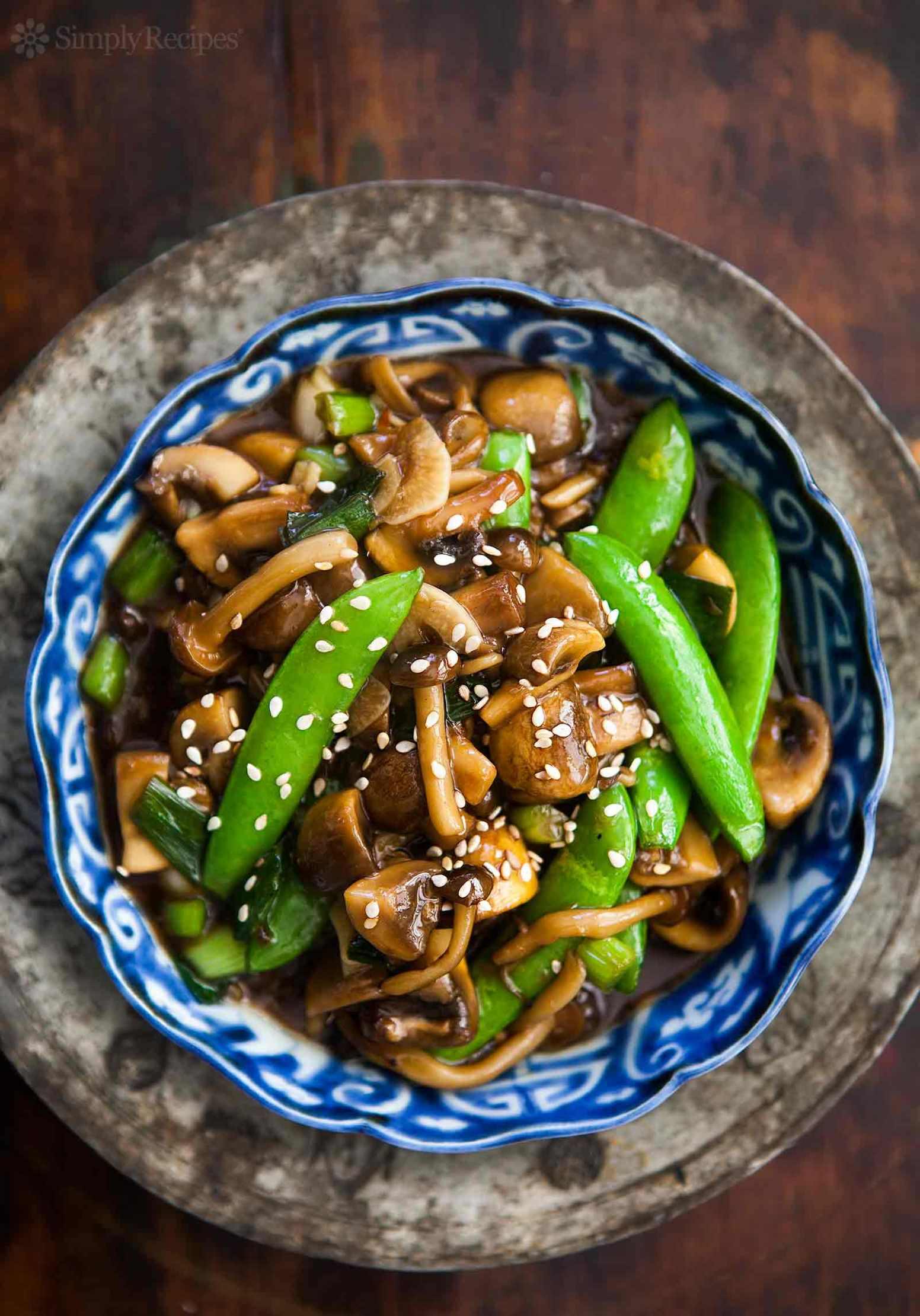 Mushroom Stir Fry with Peas and Green Onions - Vegetable Recipes Chinese