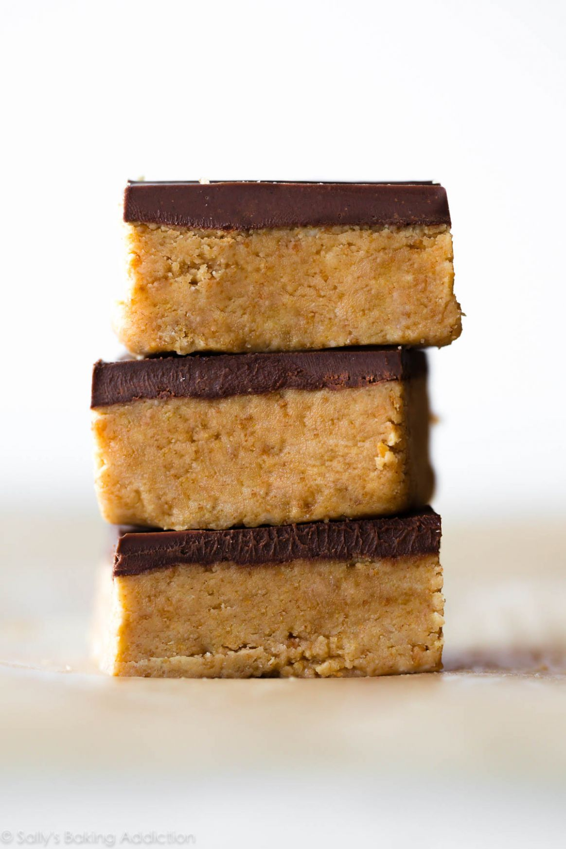 No-Bake Chocolate Peanut Butter Bars - Dessert Recipes Peanut Butter