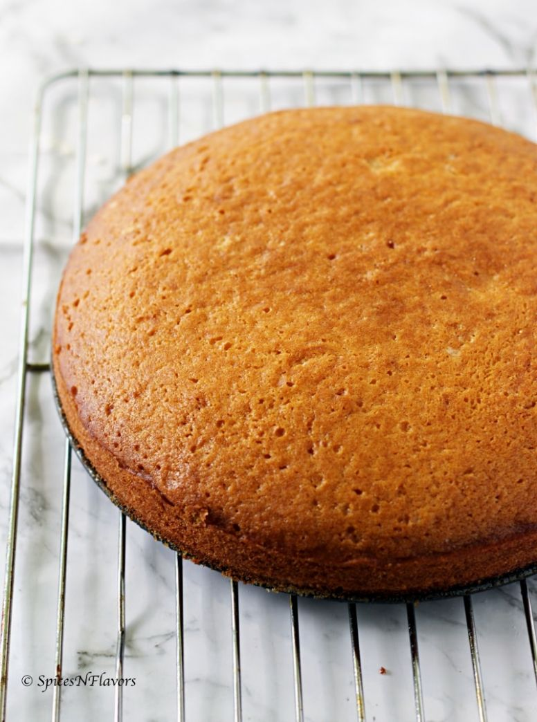 One bowl Eggless Vanilla Cake - No milk, butter or condensed milk