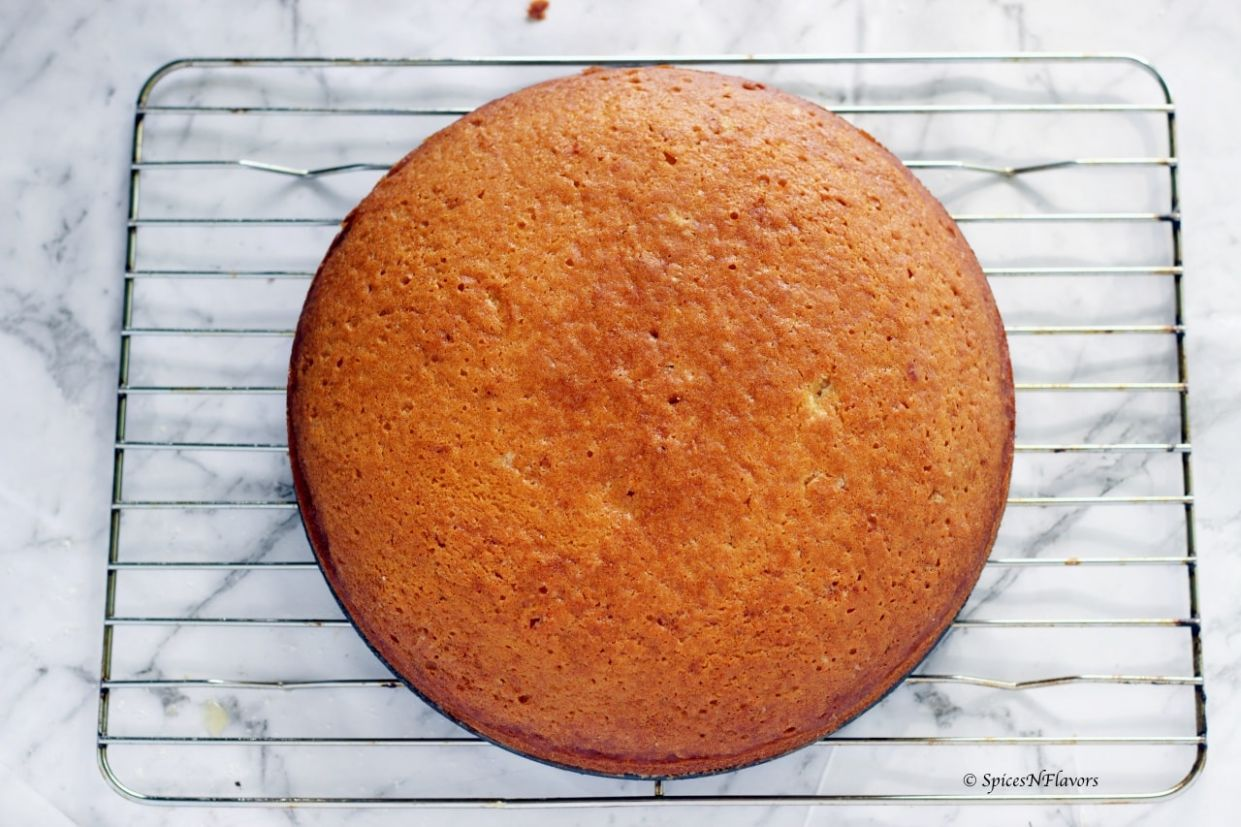 One bowl Eggless Vanilla Cake - No milk, butter or condensed milk - Cake Recipes Without Eggs
