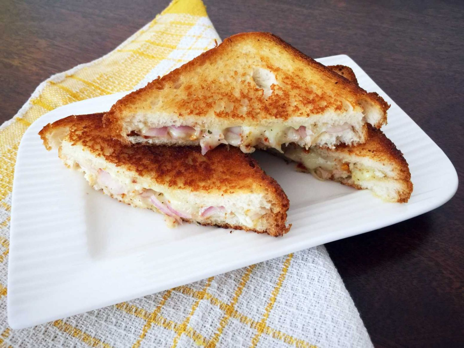 Onion And Cheese Pepper Sandwich Recipe