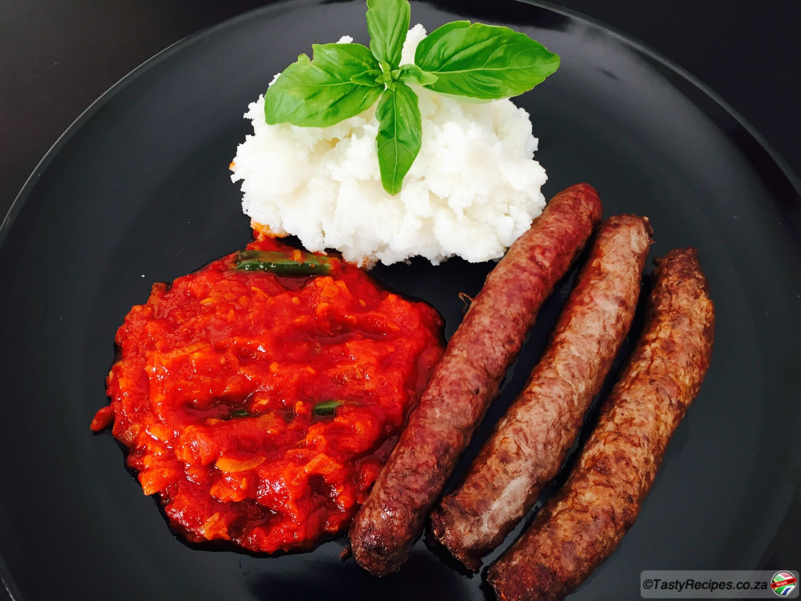 PAP AND TOMATO RELISH WITH BOEREWORS - Recipes Cooking Boerewors