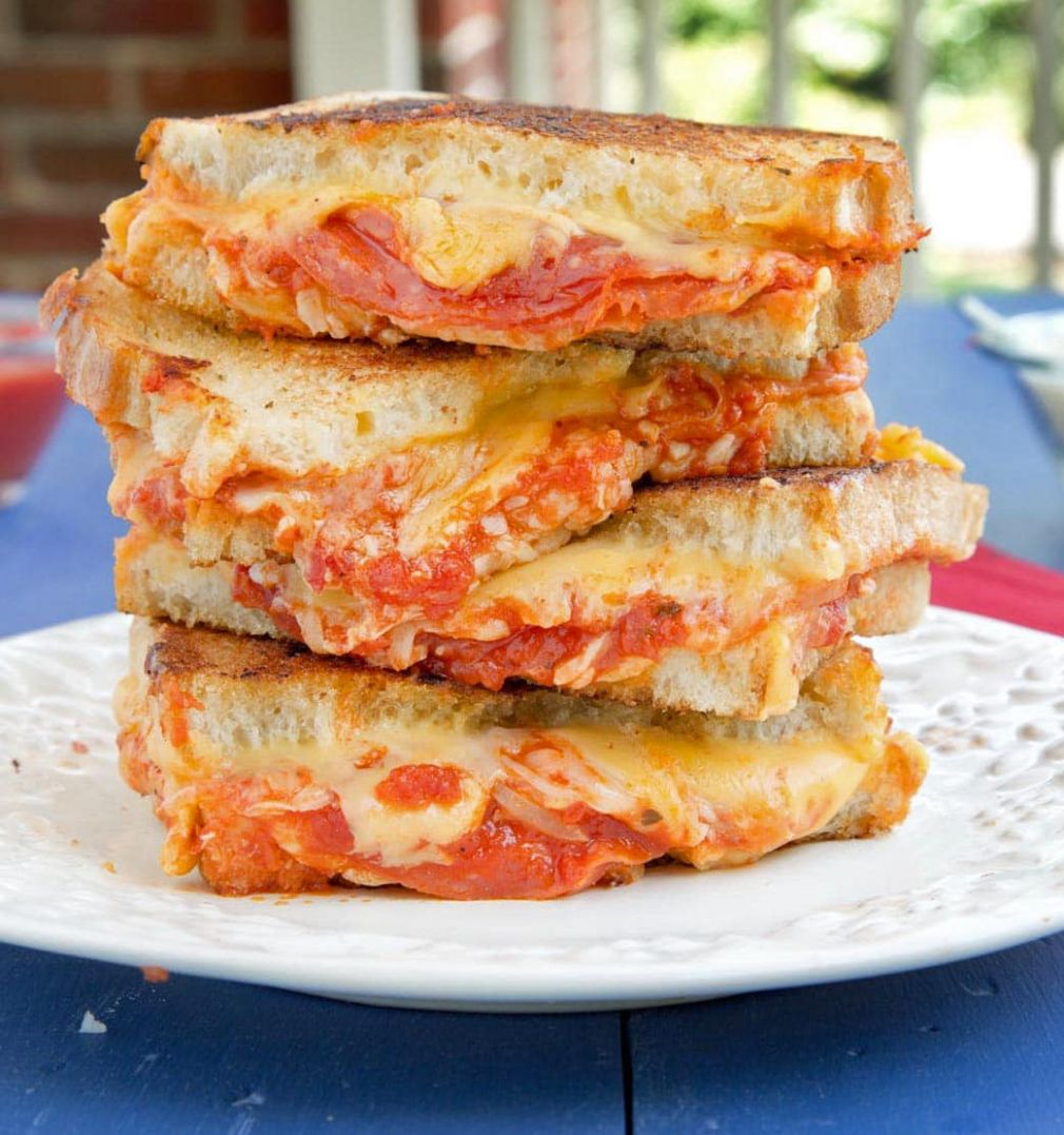 Pepperoni Pizza Grilled Cheese - Recipes Sandwich Pizza