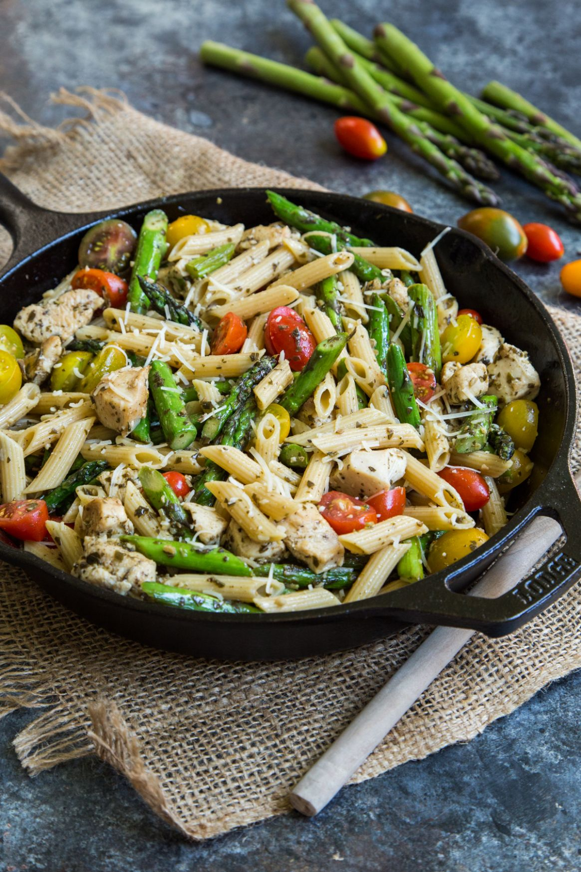 Pesto Chicken Pasta Skillet with Asparagus and Tomatoes