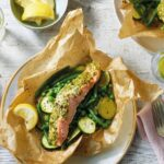 Pesto salmon parcels with green veg