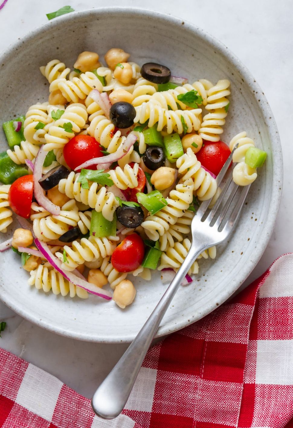 QUICK & EASY VEGAN PASTA SALAD - Vegan Recipes Quick