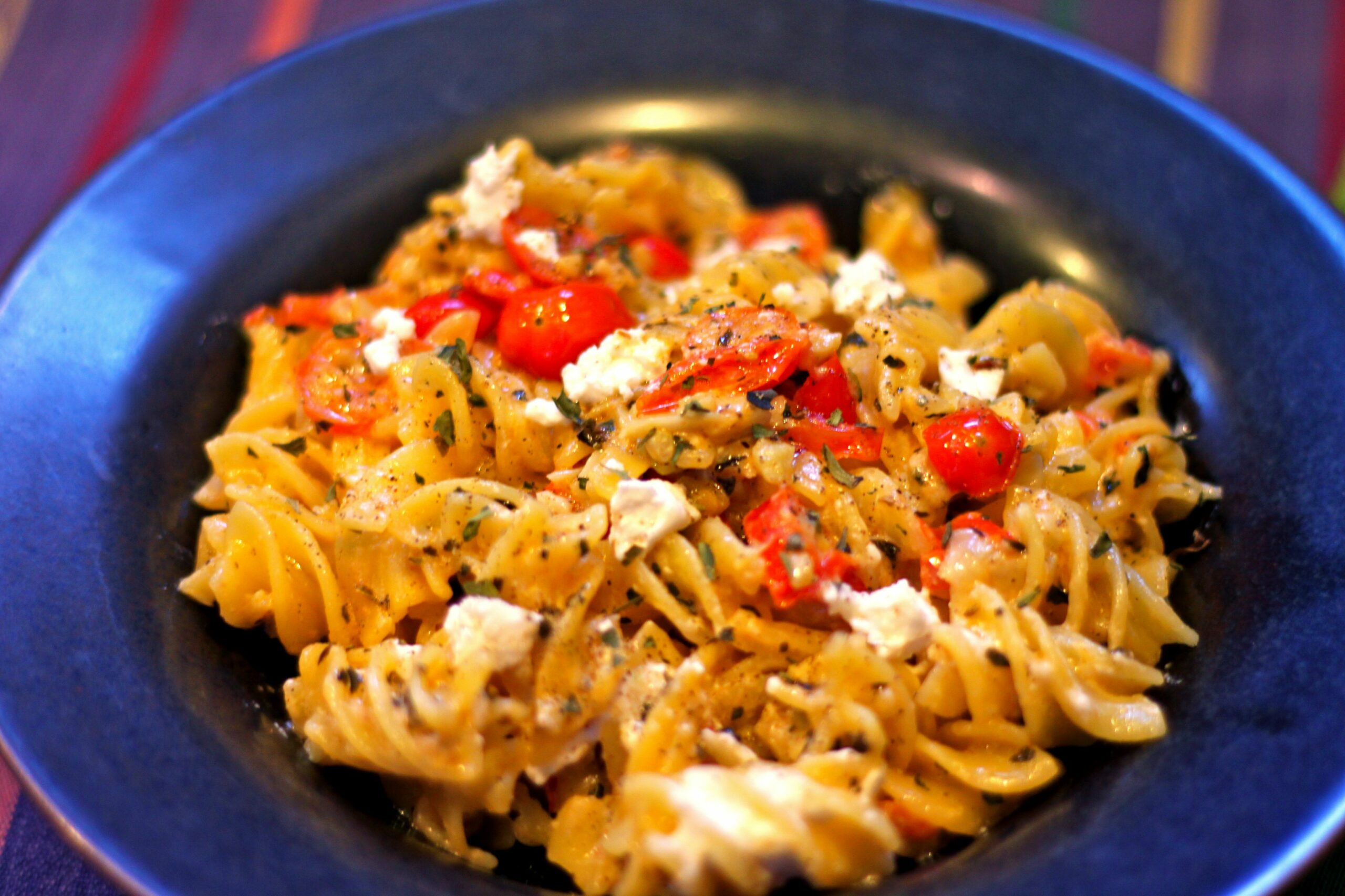 Quinoa Pasta with Goat Cheese, Garlic, and Tomatoes | - Cooking Quinoa Pasta