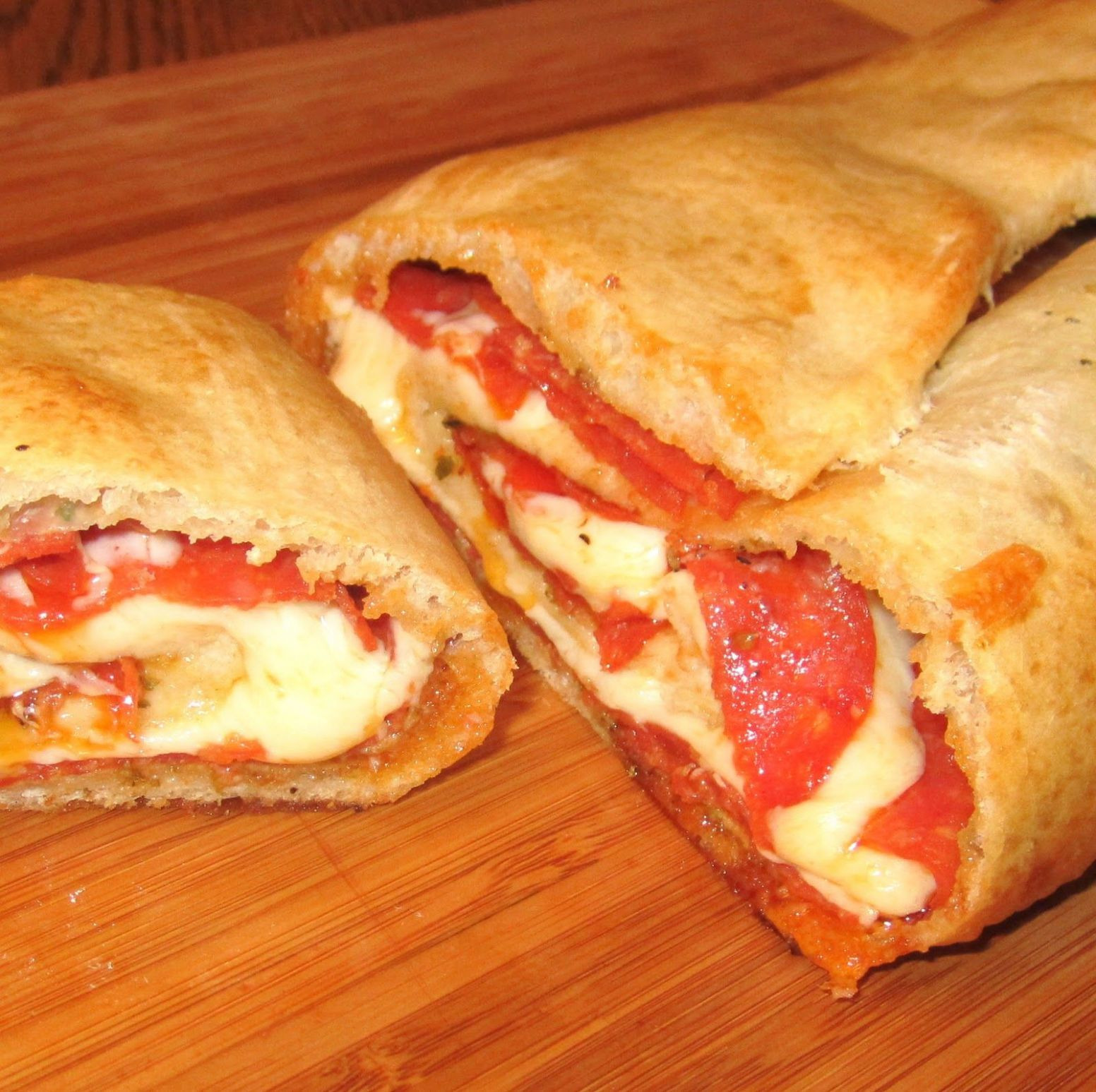 Recipe Submitted by a Reader: Pepperoni Stromboli | Food recipes ..