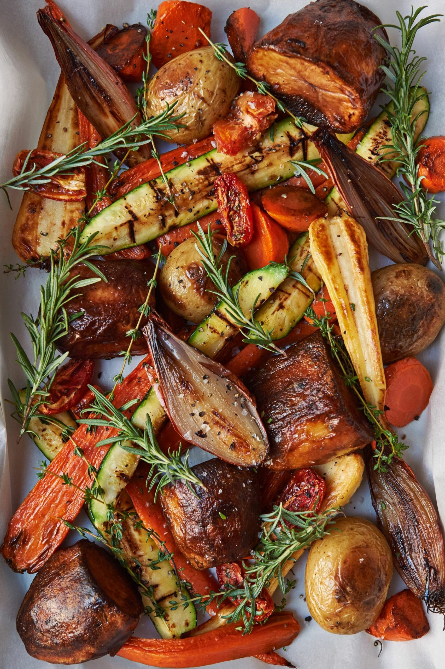 Rosemary and Thyme Roasted Vegetables For the Classic Christmas Dinner - Vegetable Recipes For Xmas Dinner