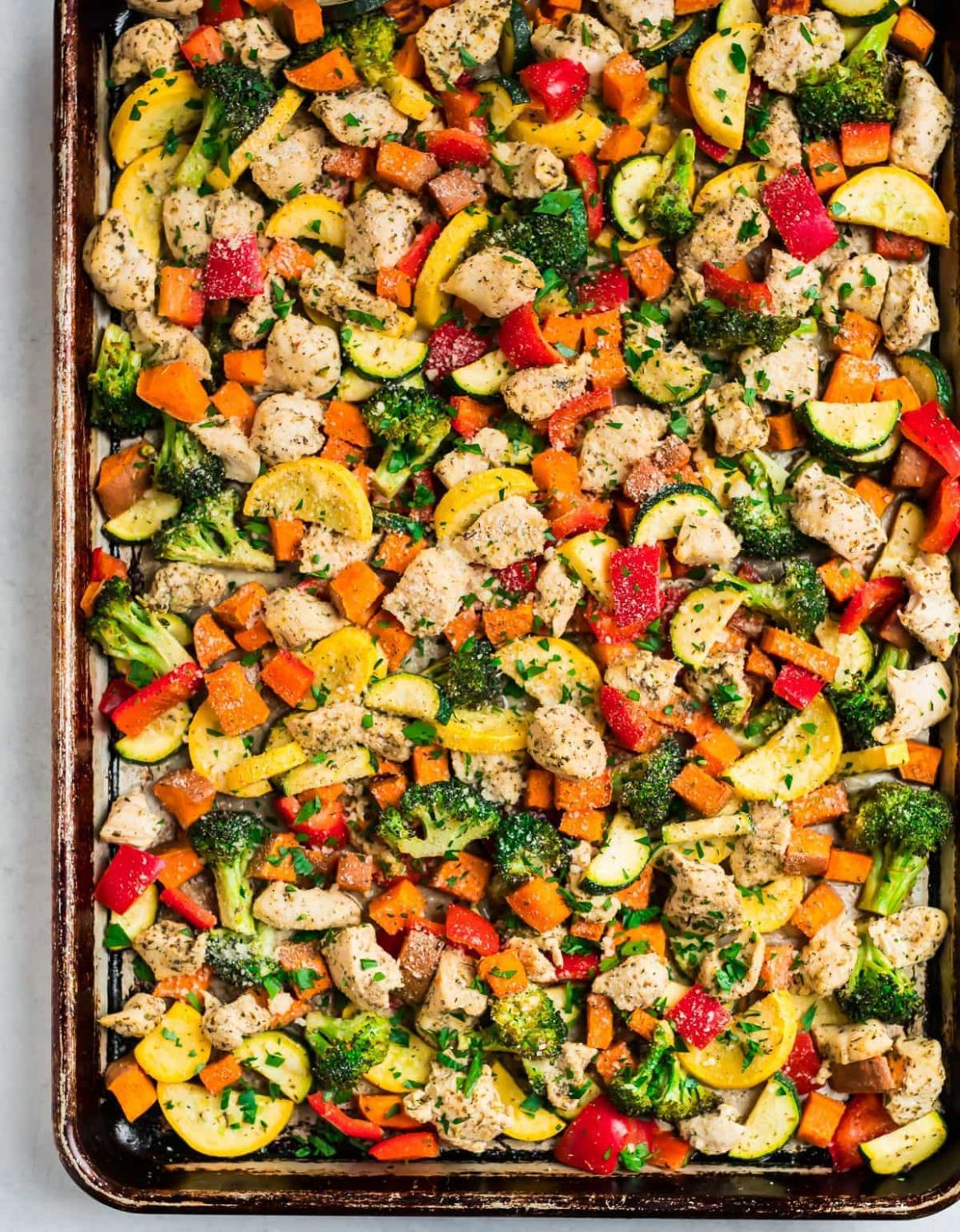 Sheet Pan Chicken and Rainbow Vegetables - Recipes Chicken Vegetables