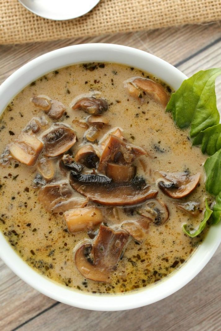 Simple and ultra creamy vegan cream of mushroom soup. Rich and ..