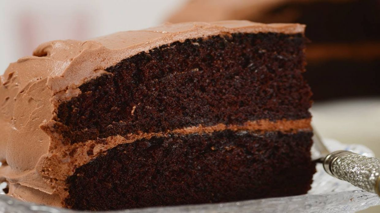 Simple Chocolate Cake Recipe & Video - Recipes Chocolate Cake Homemade