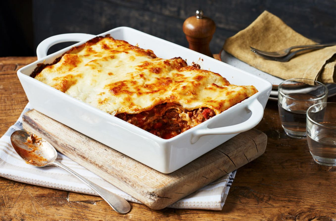 Simple lasagne - Easy Recipes Uk