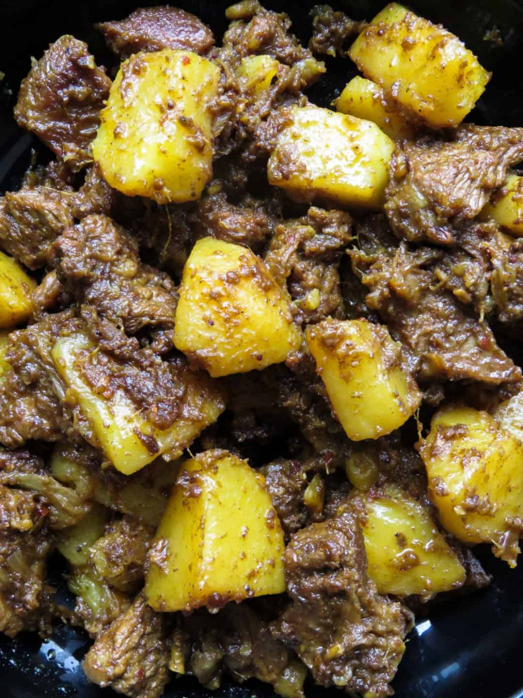 Slow-cooked Indian beef and potato curry(aloo gosht) | Island smile - Beef Recipes Indian