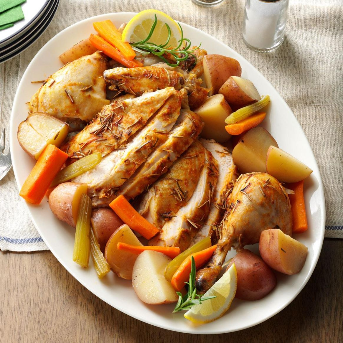 Slow-Roasted Chicken with Vegetables - Recipes Chicken Vegetables