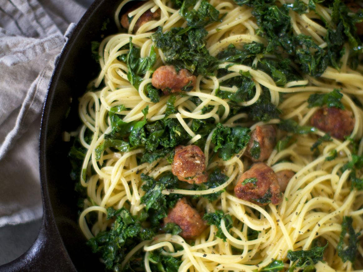 Spaghetti with Kale and Spicy Sausage