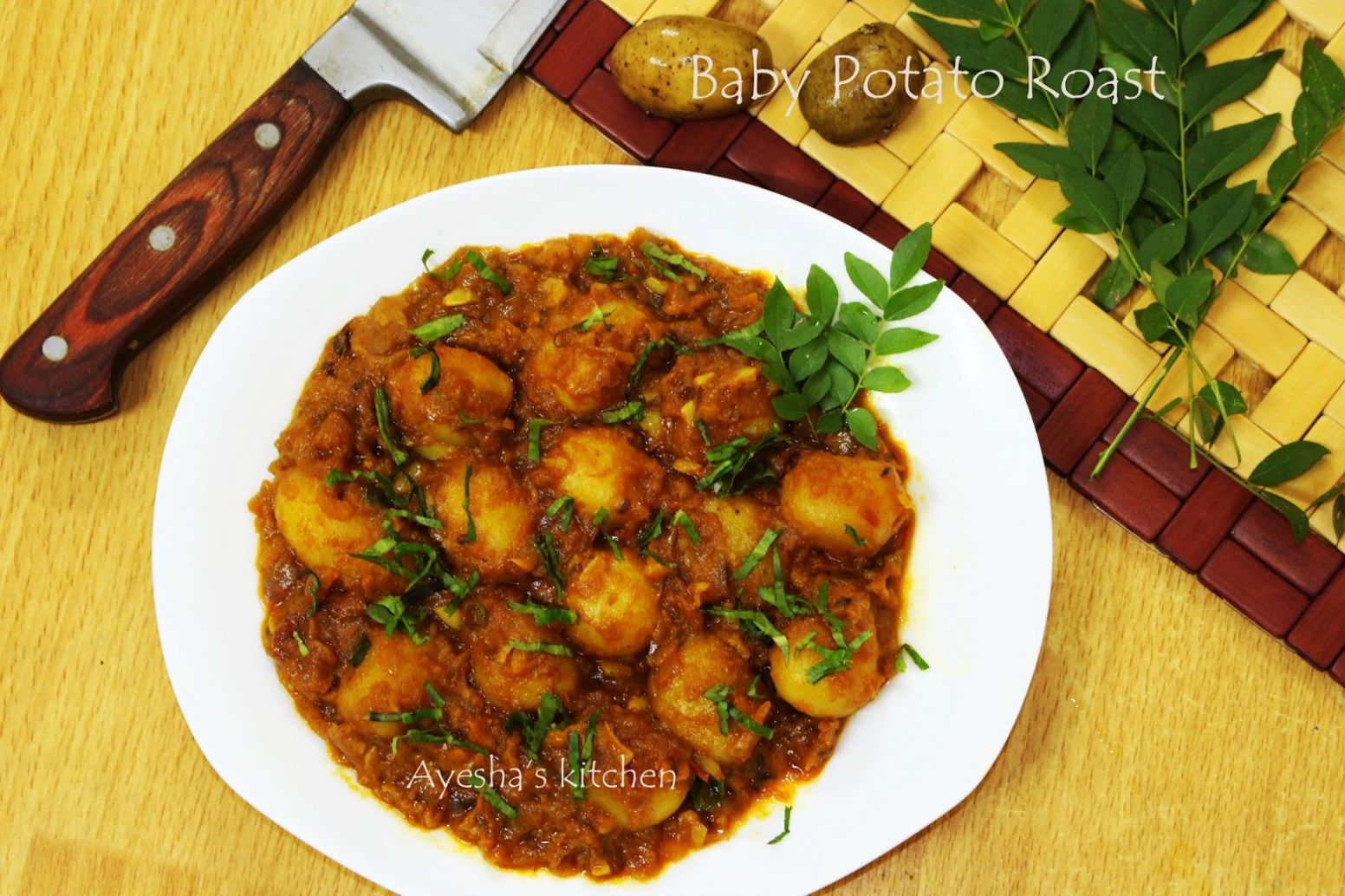 SPICY INDIAN CURRY WITH BABY POTATOES - BABY POTATO ROASTED RECIPES - Potato Recipes For Babies