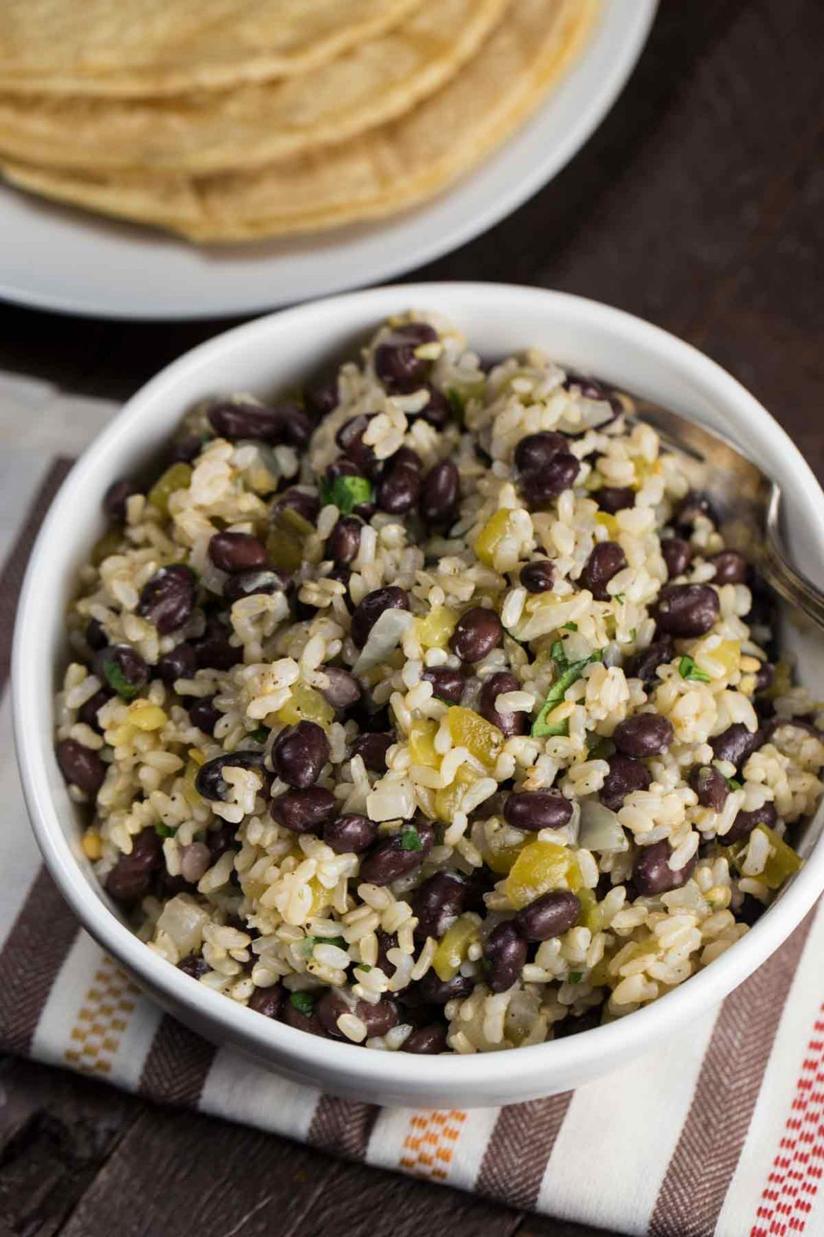 Super Easy Black Beans and Rice (Budget Friendly!)- Veggie Chick - Recipes Rice And Black Beans