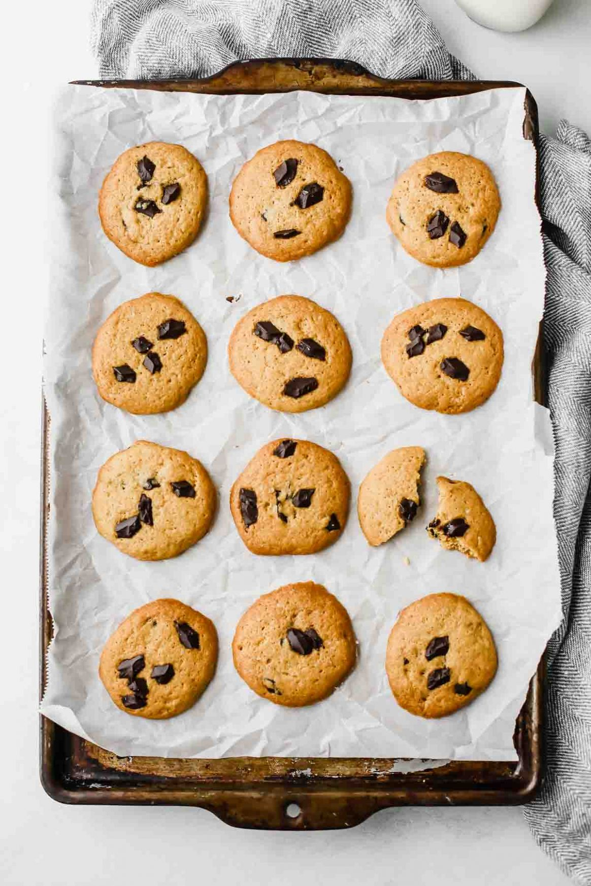 The BEST Chocolate Chip Healthy Cookie Recipe - Healthy Recipes Cookies