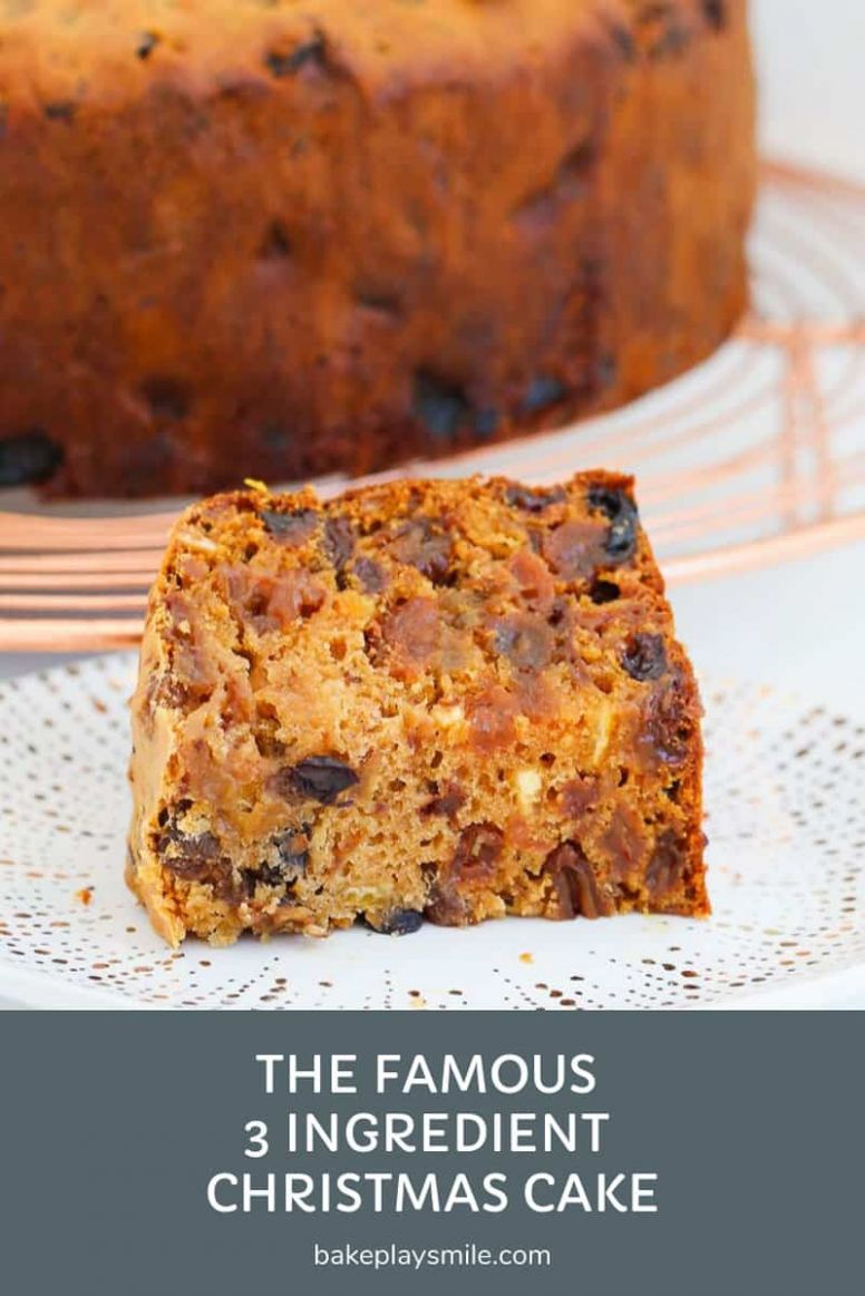 The Famous 12 Ingredient Christmas Cake | Fruit Cake - Bake Play Smile - Easy Recipe Xmas Cake