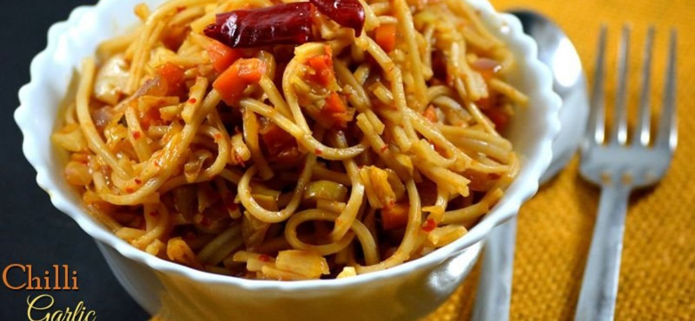 To make Chilly Garlic Noodles - Cooking Recipes Noodles