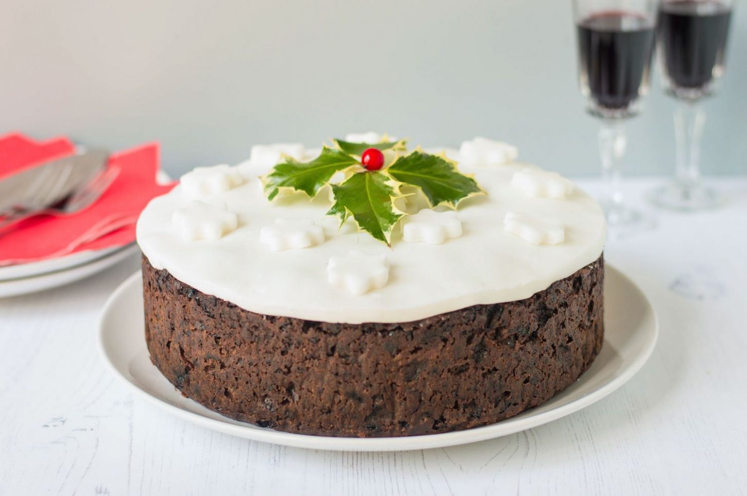 Traditional British Christmas Cake Recipe - Easy Recipe Xmas Cake