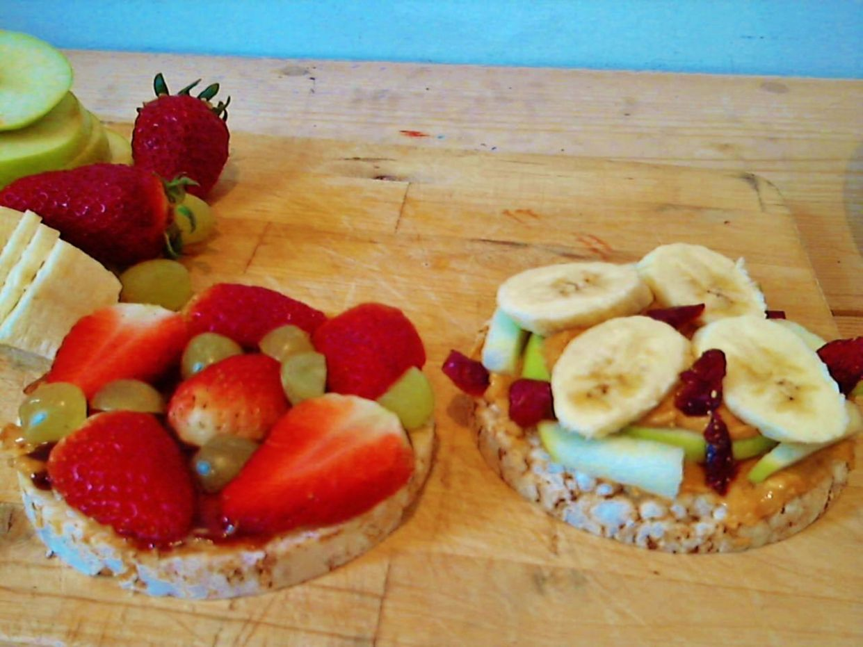 Twist on PB - plain Quaker rice cake with all natural PB and fresh ..