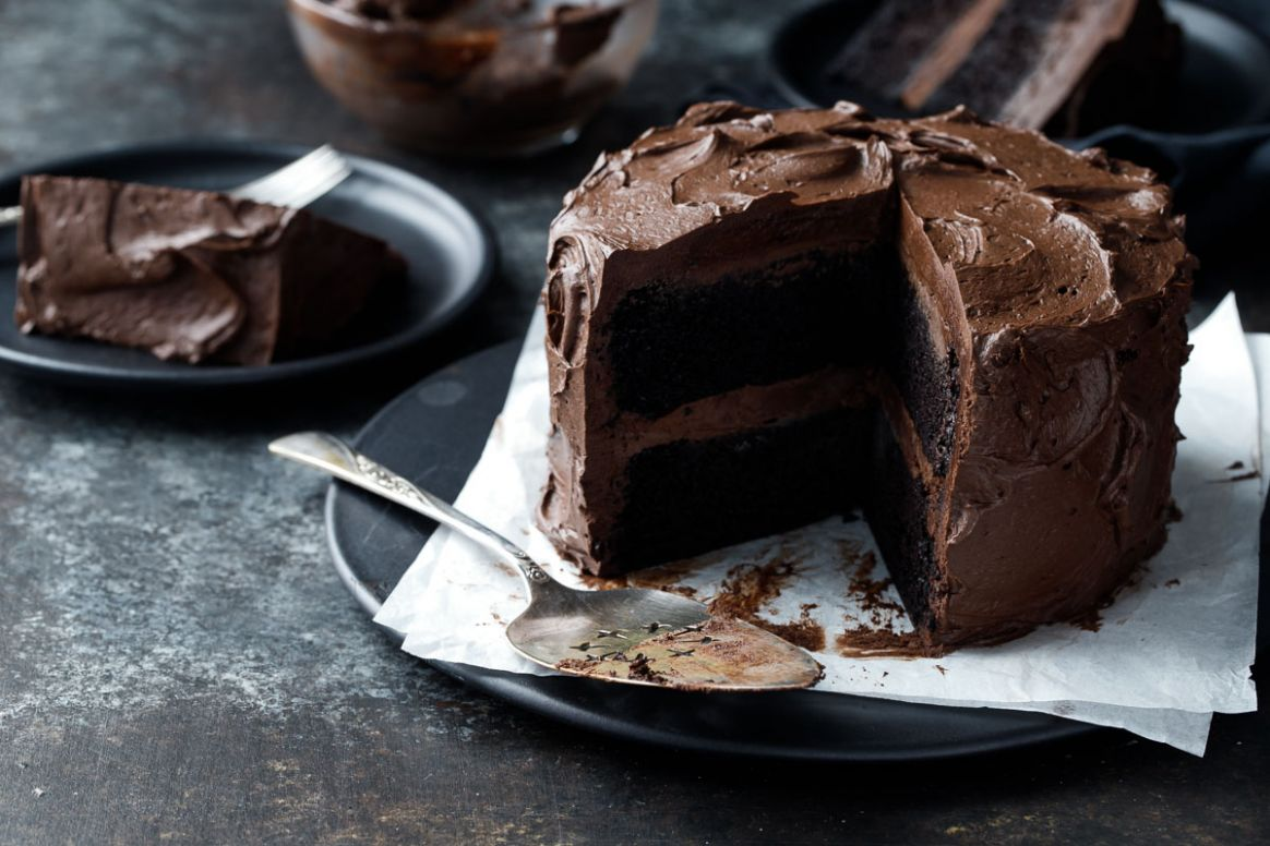 Ultimate Chocolate Cake with Fudge Frosting - Recipe Chocolate Fudge Frosting