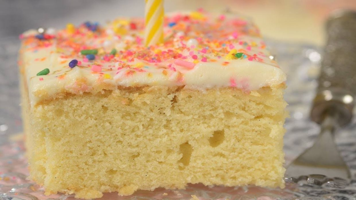 Vanilla Sheet Cake Recipe & Video - Cake Recipes For 9 X 13 Pan