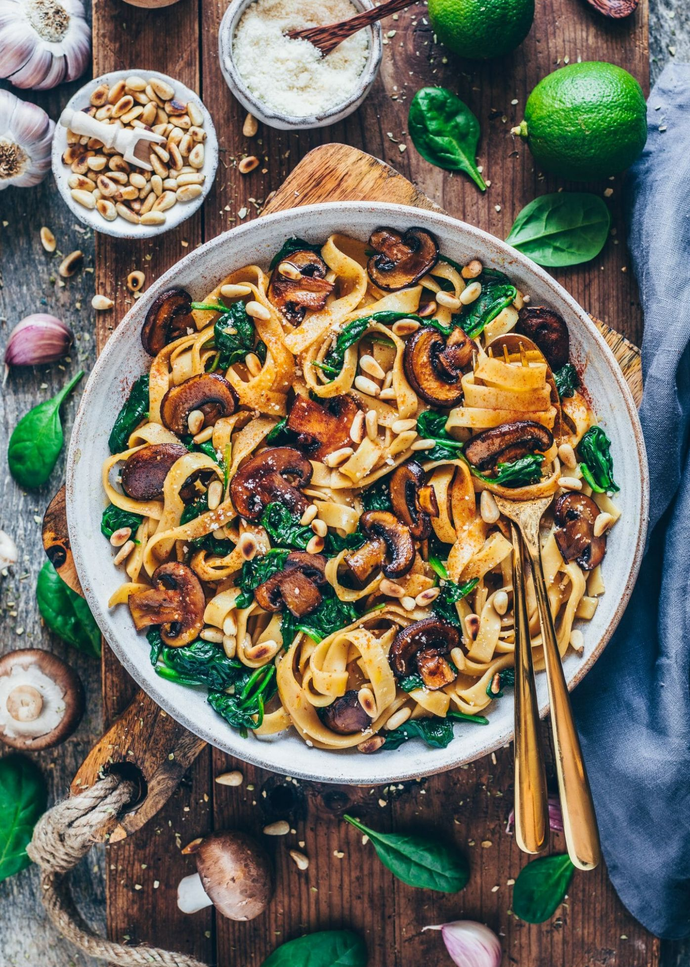 Vegan Mushroom Pasta with Spinach (easy recipe) - Vegetable Recipes Easy Healthy