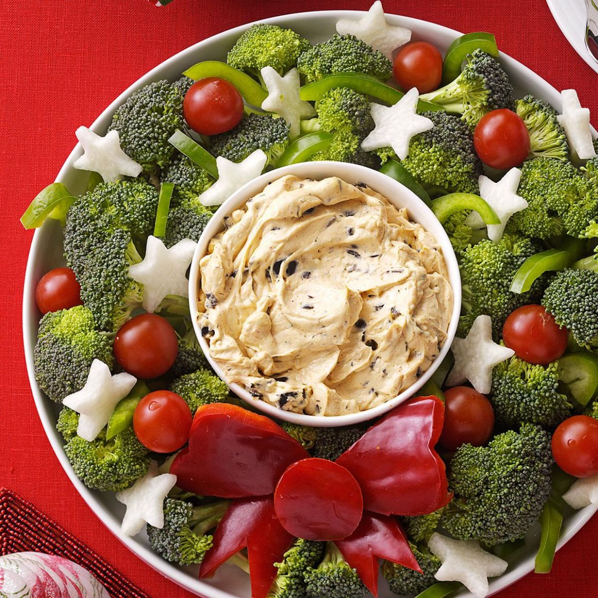 Vegetable Wreath with Dip - Recipes Vegetable Dip