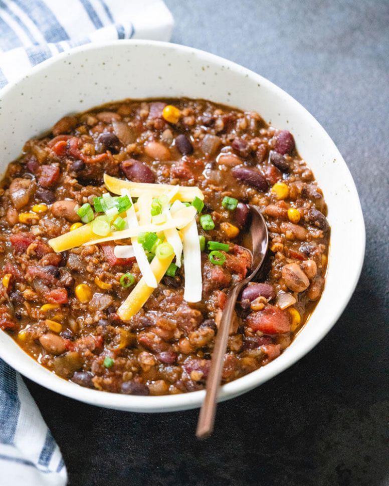 Vegetarian Chili (All of Our Best Secrets!) -- A Couple Cooks - Recipes Vegetable Chili