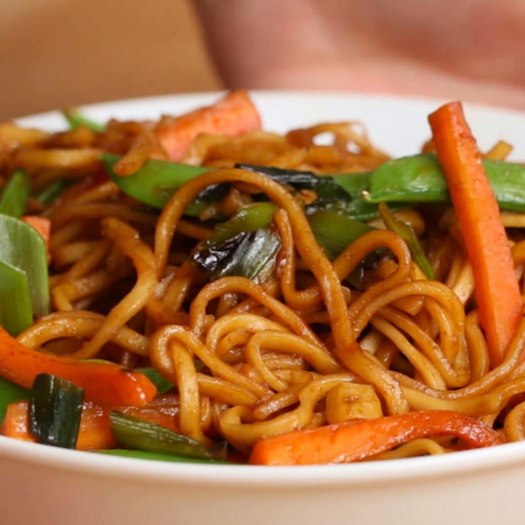 Veggie Garlic Noodles Recipe by Tasty - Recipes With Vegetable Noodles